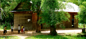 houten school chhuk